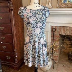 Loft Summer Floral Dress. Size:  Small